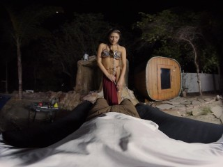 Princess Leia comes back from battle eager to please this big dick in VR