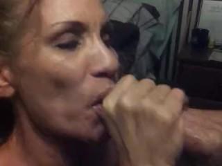 Mature Sucks Dick