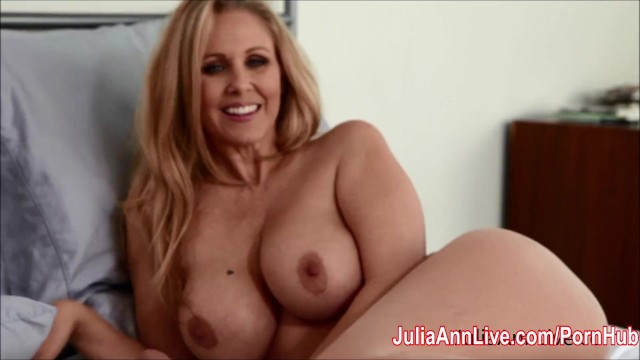 Pantyhose lengerie sex Julia ann teases with pantyhose lingerie