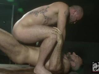 Muscle Daddy Alessio Romero Fucks Rogue Status