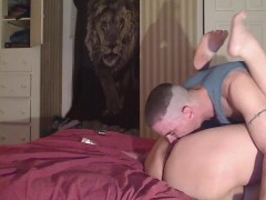 eating my girls pussy