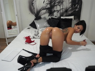 Anisyia Livejasmin Oiled Up Ass ANAL