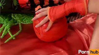 Sexy Halloween - Scene 2 Young hentai