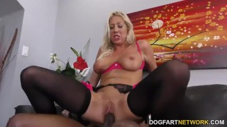 Lexi Lowe loves Anal with BBC - Cuckold Sessions Outdoor brunette