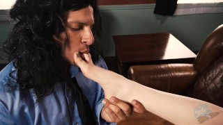 In mark the the the xxx bedroom of fucks room lisa middle parody piercing cowgirl