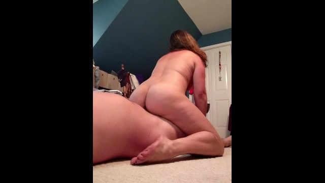 Sexy milfs Sexy milfs epic reverse cowgirl, then eats her creampie...