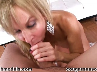 Cougar Erica Lauren POV MILF Blowjob Cum Swallow CougarSeason