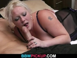 BBW gives head the gets doggystyled by a stranger