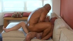 Muscle Daddies Have Hot Early Morning Fuck