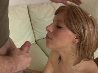 Amateur porn video with newcomer spanish babe.Her first scene