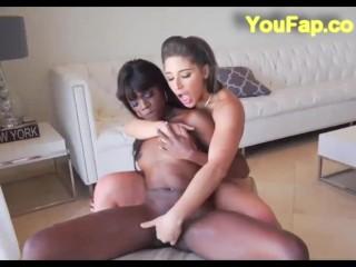 Nikki Benz Cums Watching Abella & Ana Fuck!