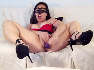 Hot amateur asian babe cums 3 times