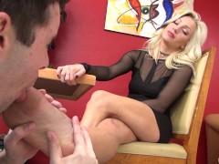 Foot Fetish with beautiful dominant Cameron Dee