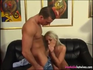 Xxx cum sex blonde hotwife gets her married pussy fucked mom mother amateur homem