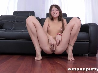 Sexy Butt Boobs Hot Darling Just Wants To Please Her Nice Twat, Masturbation Toys Teen