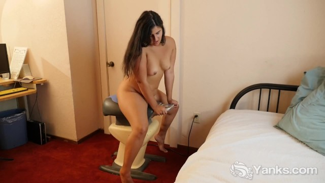 Voluptuous mature hairy naked Chubby miel masturbating her hairy quim