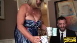 BBW Granny ins Maul wichsen