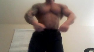 Foot stomp jockmenlivecom muscle male showing
