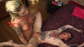 Hot cheerleader ts tutor dorky seduces fuck anal
