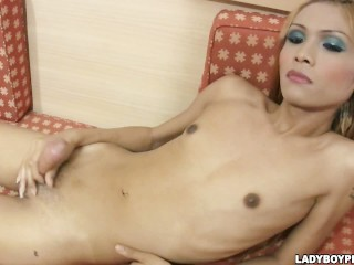 Nong asian shemale in Royal Banana creamy cumshot