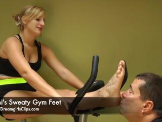 Jenni's Sweaty Gym Feet - www.clips4sale.com/8983/15800222