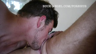 ホットセックスポルノ - Buck Angel Ftmトランス男は彼の猫を吸ってもらいます
