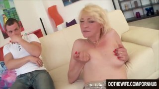 Mature milf Adriana Love rides a dick Butt oral
