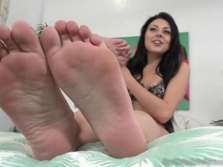 Megan Sage Shows Off Smooth Soles While She Play With Pussy