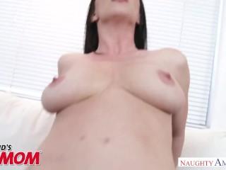 Natural tits MILF Rayveness gets fucked good and hard - Naughty America