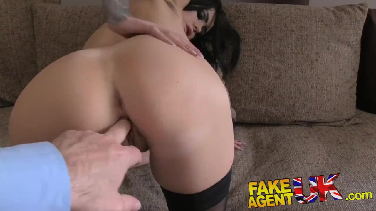 Fakeagentuk agent wedges fat cock into escorts tight pussy 7