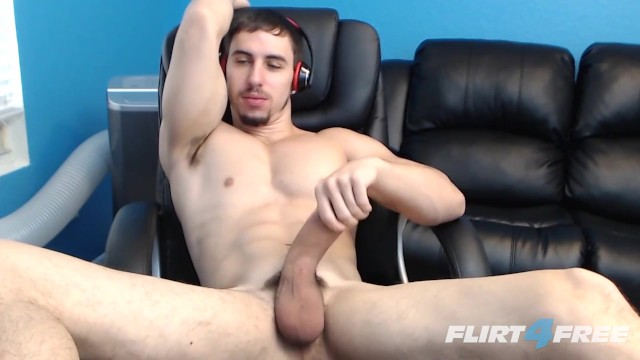 Free gay male muscular video - Muscular hunk shoots big loads in his own mouth