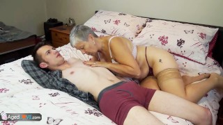 Old lady Savana fucked by student Sam Bourne by AgedLove Diver muff