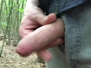 pissing with my foreskin