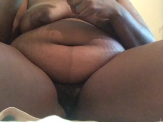A curvy ebony girl is getting her kitty cat's bush shaved