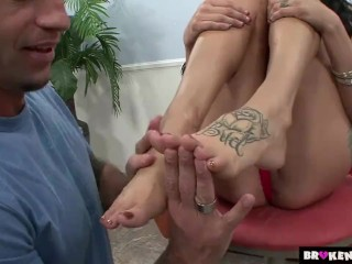 BrokenTeens – Licking Her Feet and Fucking Her Slit