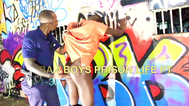 Gay life episode 1 - Bad boys prison life pt 1-2.