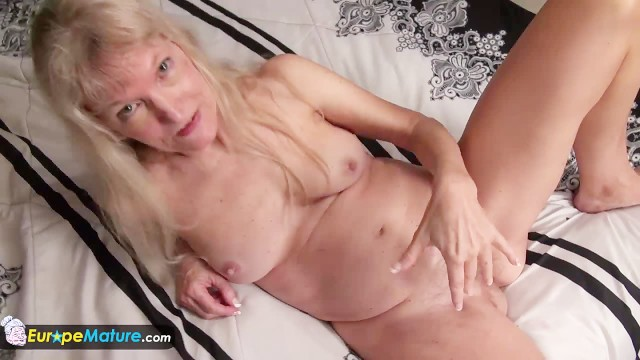 Mature old fat pussy - Old granny blonde small tits showing nipples masturbating hairy pussy