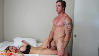 Tatted Hunk Fucks His Fit Girl Friend. **HARD** Anal pmv