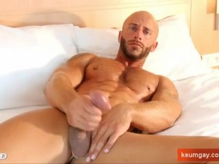 A nice sport guy serviced his big cock by a guy in spite of him!
