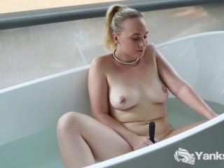 Devyn cole xxx sweet kim masturbating in bathroom yanks masturbate amateur solo mast