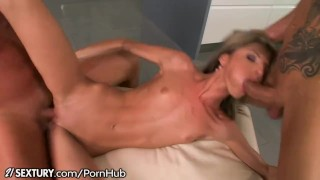 Doris ivy cum dp and mouth petite high