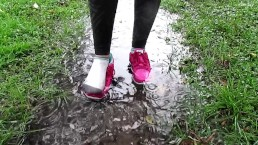 Puddle Splashing with Sneakers. XXSMILEY