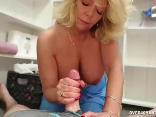 Busty old lady handjob