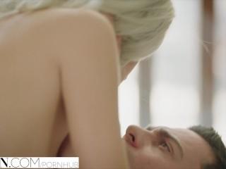 besplatno gay plavuša porno debela djevojka uzima veliki penis