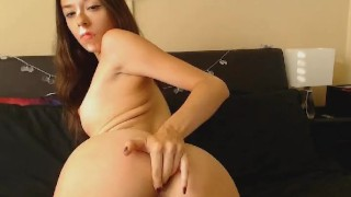 Teen Babe Loves Masturbation Show