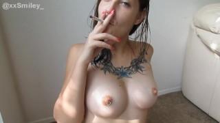 XXSMILEY SMOKES