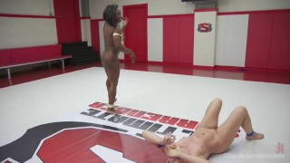Cheyenne Jewel, Kelli Provocateur, Muscles, Wrestling