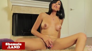 Solo tgirl Vivian Rockwell toying her ass porno