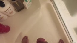 Morning shower masturbation session