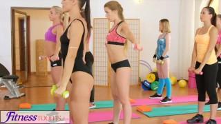 pretty dutch girls at gym